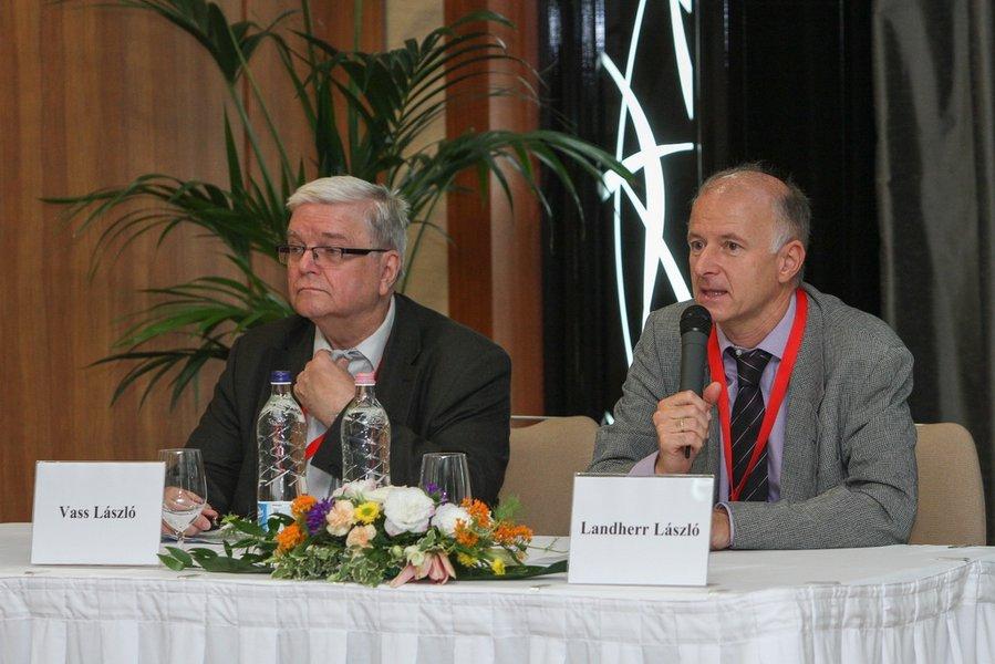 A-Magyar-Szenologiai-Tarsasag-Tudomanyos-Foruma-2014